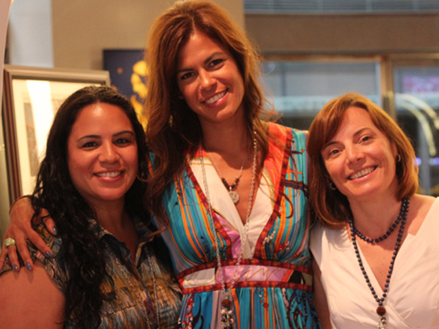 Owner of AshramChic, Veronica Ruelas (center) with business partners – her sister, Jennifer Ruelas-Lauro (left) and Caroline Abramo (right) (Photo/Kristina Puga)