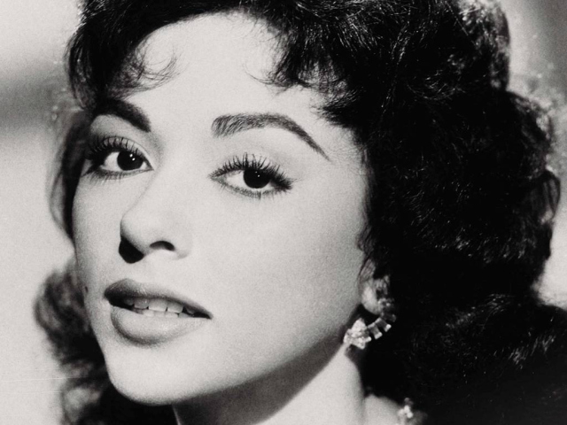 Rita Moreno (Courtesy Rita Moreno Archives)